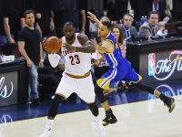 LeBron James and Steph Curry in the NBA finals, Cavaliers, Warriors