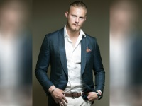 Photos: Alexander Ludwig is the Most Jacked Dude on 'Vikings'