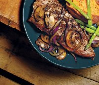 10 Meat-Based Meals Guaranteed to Build Muscle