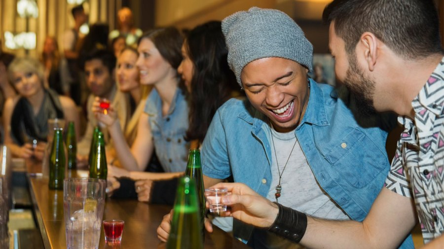 Ask Men's Fitness: Is It Possible to Have a 'Healthy' Night Out?