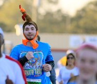 """Ask Men's Fitness: Should I Run a """"Turkey Trot"""" Before a Big Holiday Meal?"""