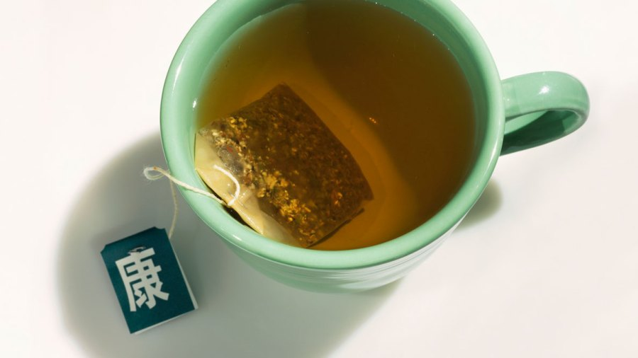 Compound in Green Tea Kills Oral Cancer Cells
