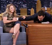 "Fit Fix: Live From New York! Ronda Rousey Is Set to Host ""SNL"""