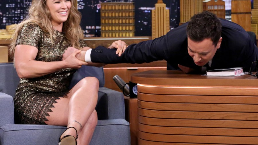 """Fit Fix: Live From New York! Ronda Rousey Is Set to Host """"SNL"""""""