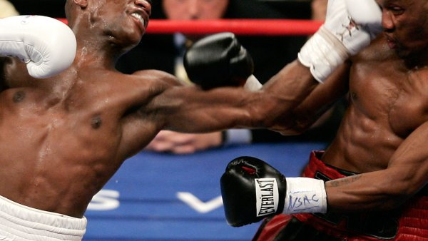 The 12 Best Mayweather Knockouts