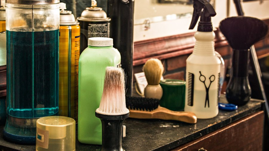 Ask Men's Fitness: What Are the Warning Signs That My Barber's a Total Hack?
