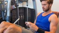 Here's How Your Phone Could Be Ruining Your Workout