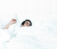 Here's the Exact Percentage of People Who Sleep Naked