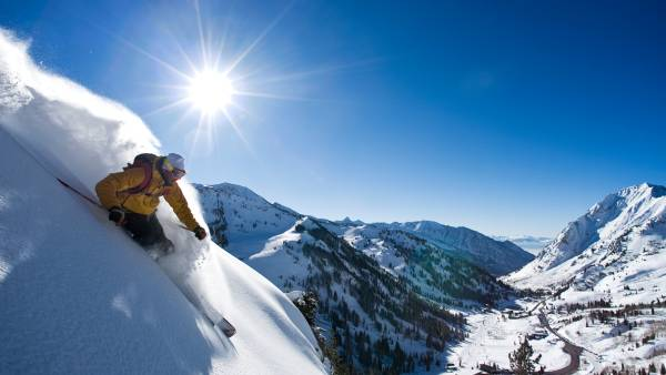 10 Adrenaline-Pumping Winter Vacations