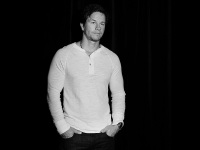 7 Reasons Why Mark Wahlberg is the Absolute Man