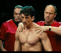 Yeah, Miles Teller Is Pretty Ripped in the New 'Bleed for This' Trailer