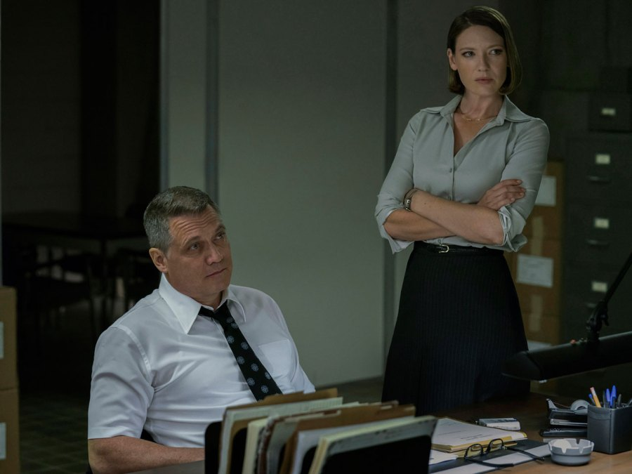 Holt McCallany and Anna Torv on Netflix's series 'Mindhunter'