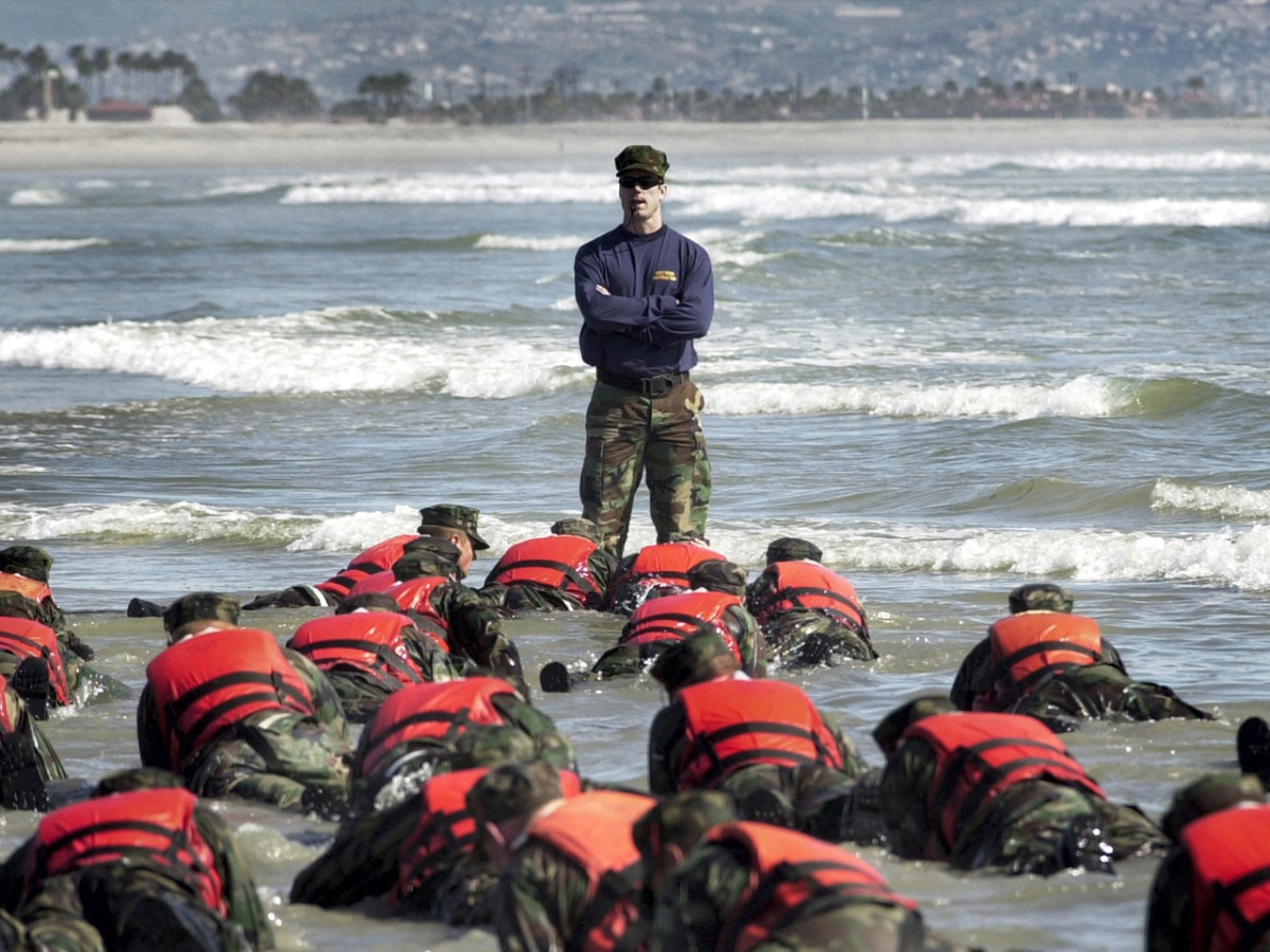 how to train to become a navy seal
