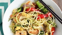NBA FIT Live Healthy Week: Zucchini Fried Noodles With Shrimp, Peppers, Onions & Broccoli