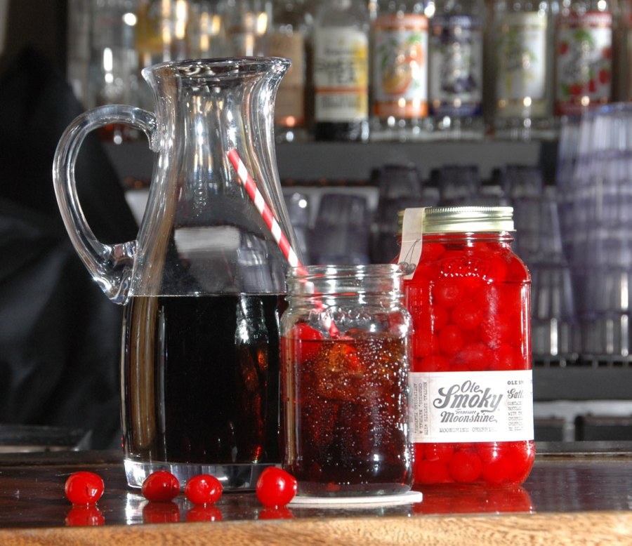 8 Holiday Cocktails Made With Moonshine