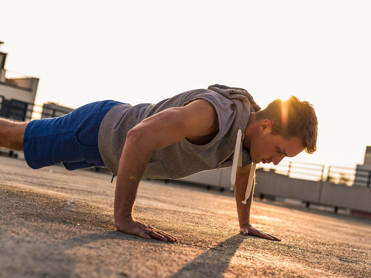 21 Best Bodyweight Exercises to Burn Fat and Build Muscle