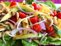 Recipe: How to Make a Green Papaya and Mango Salad with Sardines