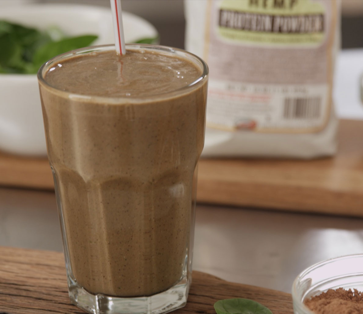 Clean Green Drinks: Chocolate Peanut Butter Monster