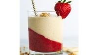 Peanut butter and strawberry chia jelly smoothie