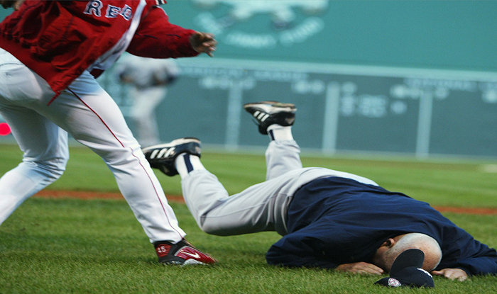 Pedro Martinez, Don Zimmer in Yankees Red Sox fight