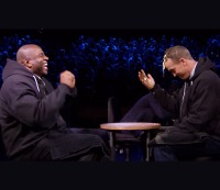 """Peyton Manning and Magic Johnson play """"egg Russian roulette"""" on 'The Tonight Show'"""