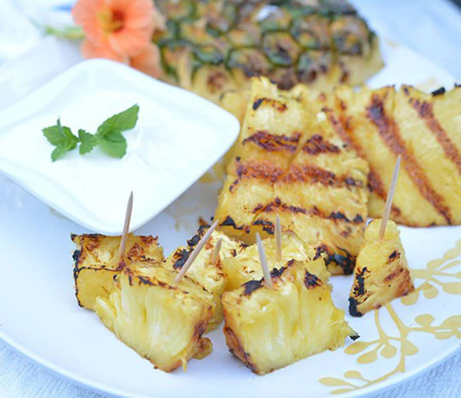 Grilled Pineapple with Honey Lime Dipping Sauce