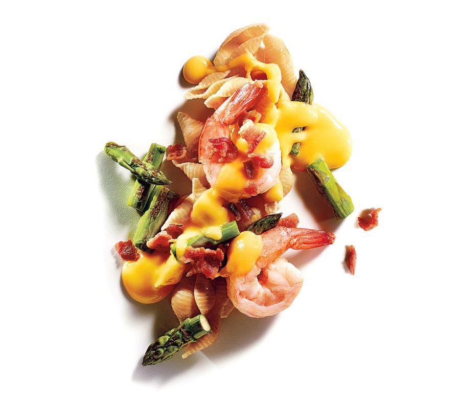5. Shells & cheese with shrimp, broccoli, and bacon