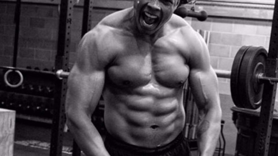 Cyborg Ray Fisher Justice League Jacked / Instagram @rehsifyar