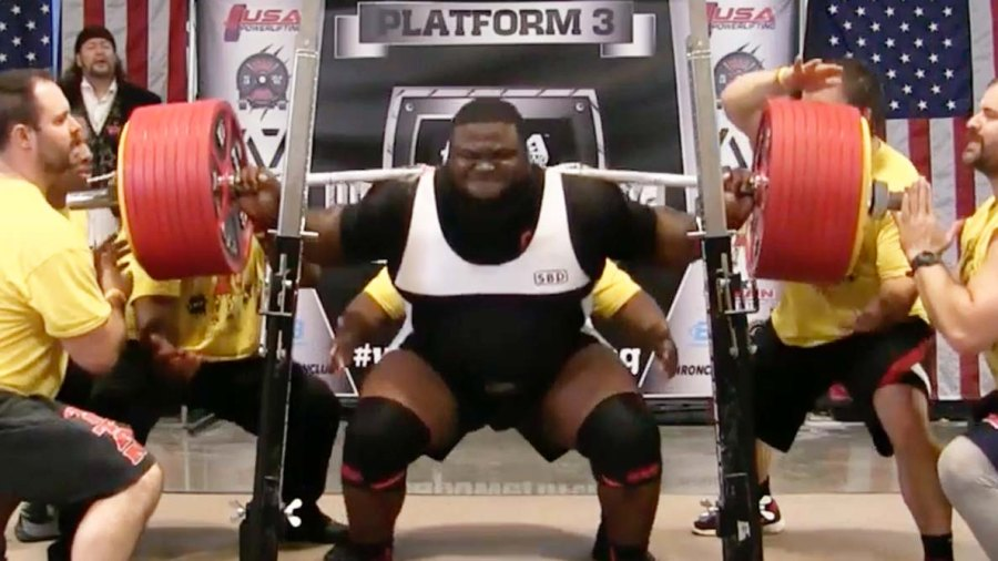 Ray Williams squats a world record 1,005 lbs at the USAPL Raw Nationals in Atlanta, Georgia on October 16.