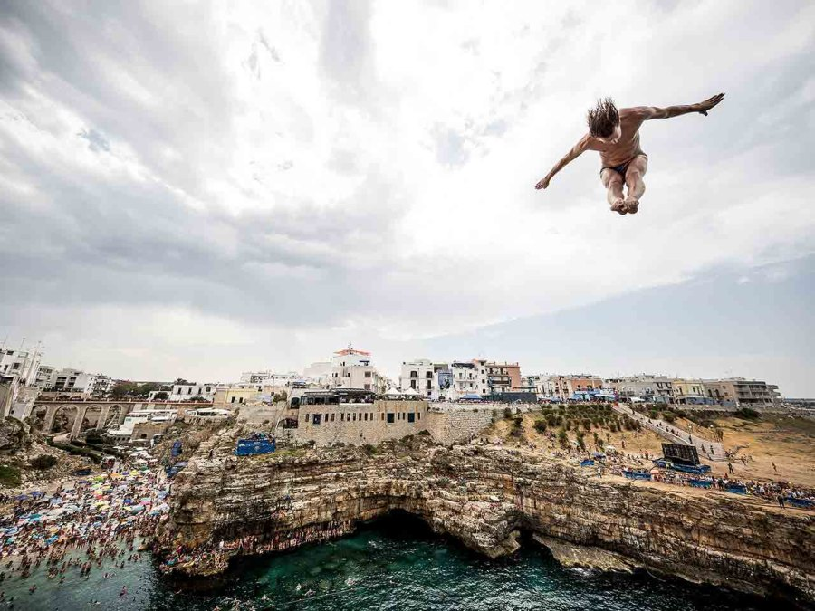 Red Bull Cliff Jump 2017