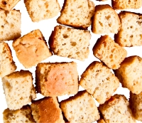 3. Croutons