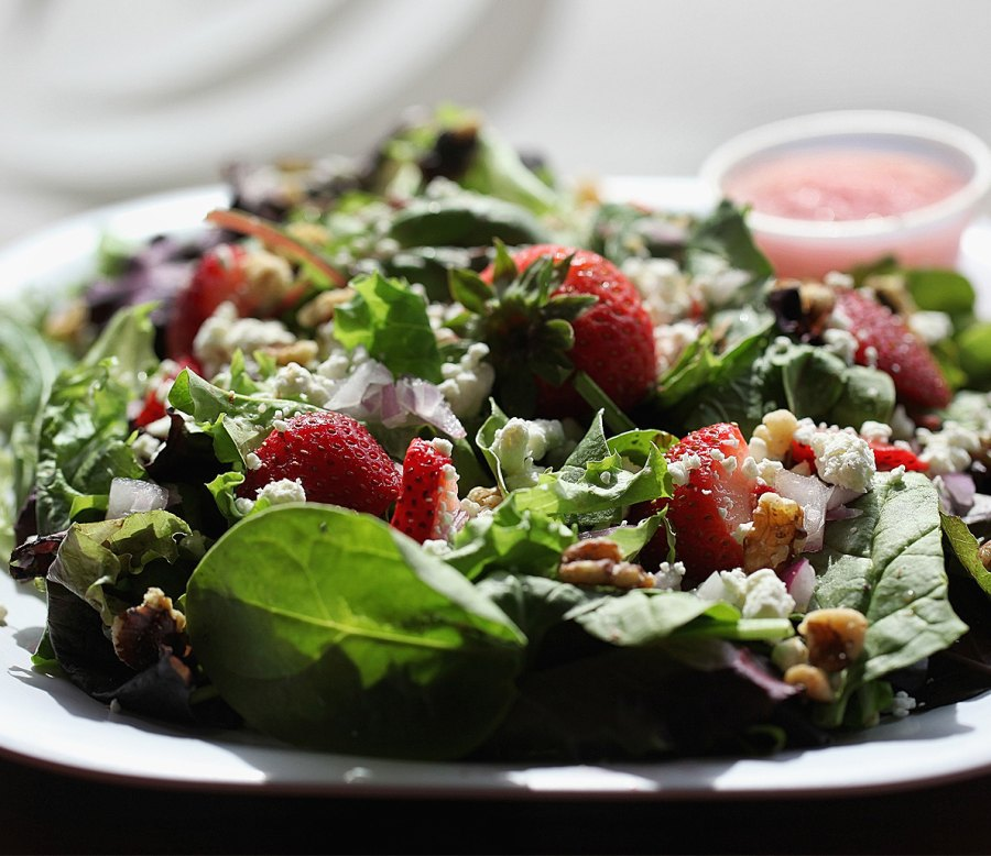 7 Ways Your Salad Is Making You Fat
