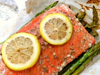 Salmon and Asparagus Foil Packets