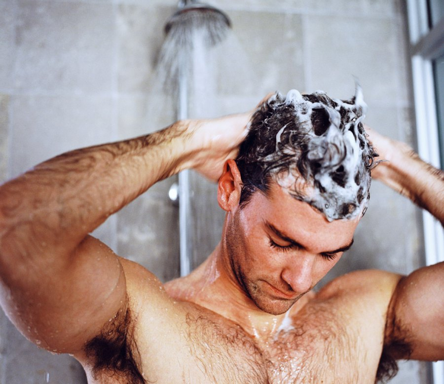 The 10 Best Shampoo Brands for Men With Dry Hair