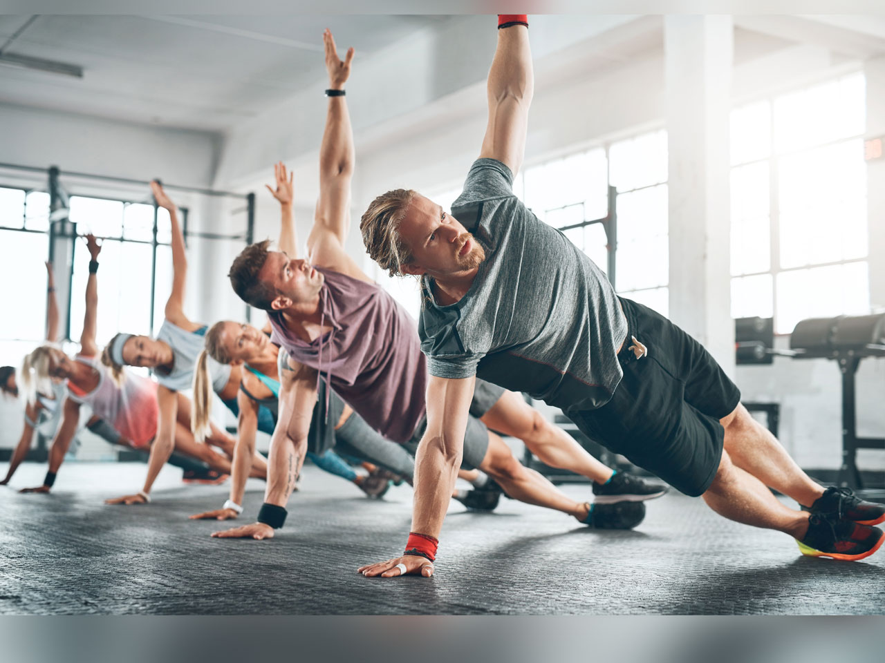pics The no gym home six-pack circuit