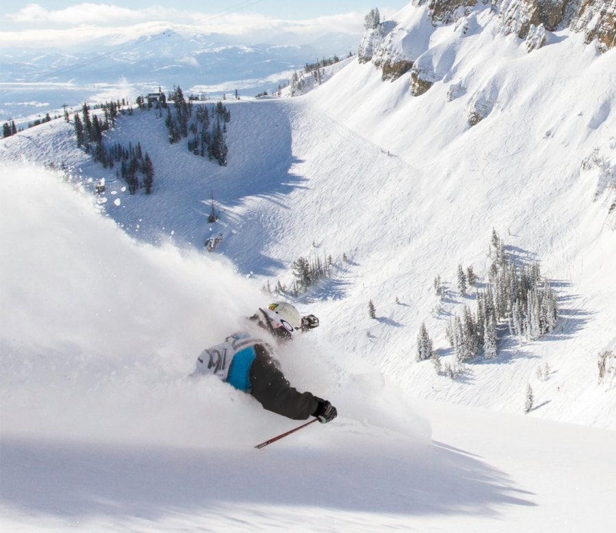 3 Ski Resorts to Maximize Your Time on the Slopes