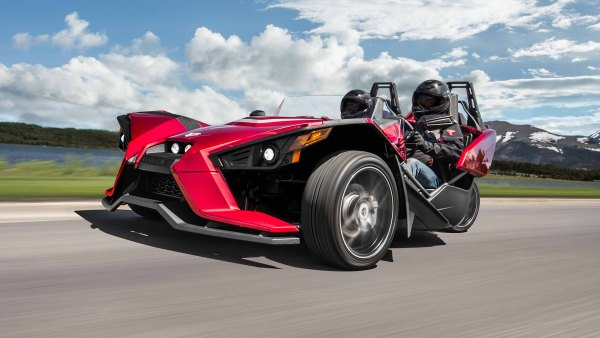 What it's like to drive a Slingshot SL