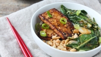 How to Make Spicy Peanut Tofu and Bok Choy Rice Bowl