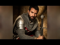 Tom Cullen's 'Knightfall' Diet to Get Bulked-Up