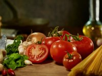 A tomato-rich diet may lessen chance of skin cancer