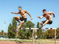 Teen athletes who specialize in individual sports are more prone to overuse injuries