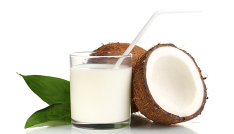 Try This Tonight: 100-Calorie Coconut Sake Cocktails