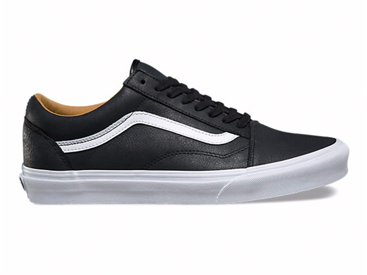 The 10 Best Black Sneakers For Men For The Fall Season