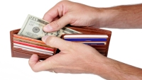 5 Things You Shouldn't Keep in Your Wallet