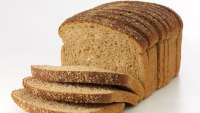 Athletes Shouldn't Stray From Gluten Says New Study