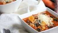 Hearty vegetable and white bean soup
