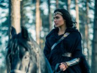Watch: the New 'Wonder Woman' Trailer Is Explosive, Awesome Fun
