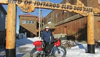 mj-390_294_10-days-across-alaska-by-bike