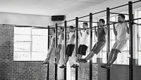 mj-390_294_10-ways-to-do-a-pull-up