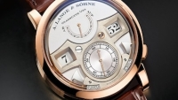 mj-390_294_a-lange-soehnes-loudest-statement-watch